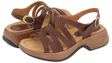 great summer sandals by dansko